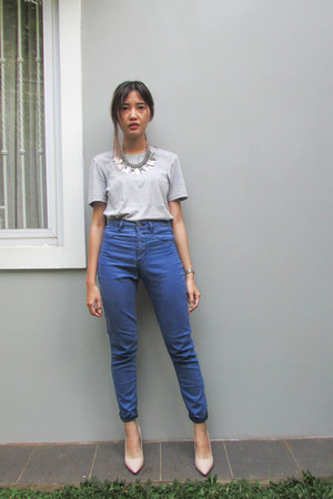 blue high waisted pull&bear pants - heather gray giordano t-shirt