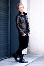 Black-forever-21-boots-black-levis-jeans