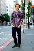 dark gray Clarks shoes - navy Levis jeans - ruby red H&M shirt