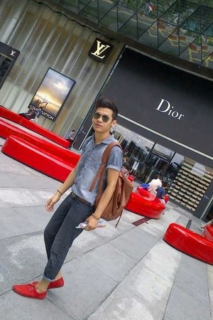 Local made shoes - FLO Fashion jeans - Topman shirt - PRILLY bag