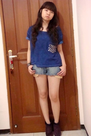Zara t-shirt - Body&Soul pants - Nine West boots