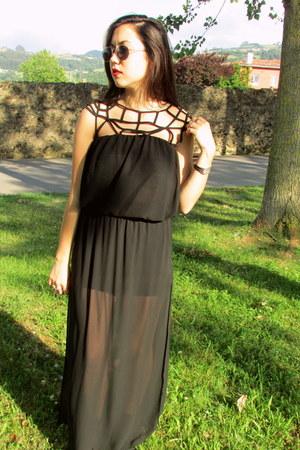 black Zara boots - black Primark bag - silver Zara sunglasses - black H&M skirt