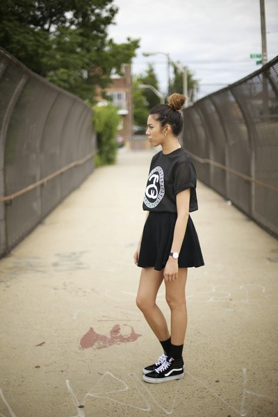 02d0bed8 Mesh Stussy Shirts, Black Corduroy American Apparel Skirts, Suede ...