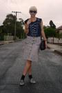 Black-satchel-vintage-bag-silver-silver-shoes-black-striped-thrifted-skirt