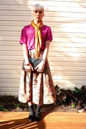 light brown high waisted thrifted vintage skirt - red thrifted vintage blouse