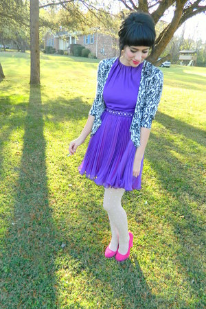 suede heels - vintage dress - delias cardigan - polka dots f21 stockings