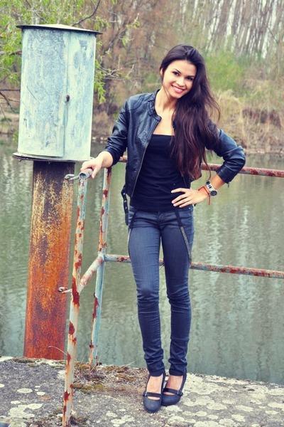 gray G-Star shoes - gray Guess jeans - black H&M jacket - black H&M top