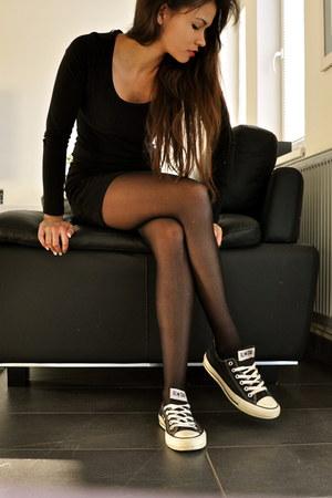 black bodycon H&M dress - black H&M tights - black Converse sneakers