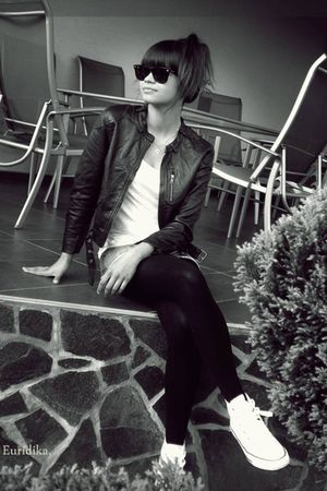 black H&M jacket - silver Mango shorts - black Ray Ban sunglasses