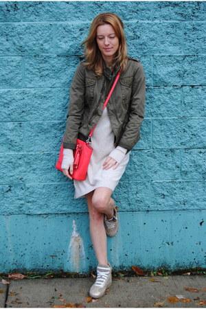 beige united colors of benetton dress - dark green Zara jacket