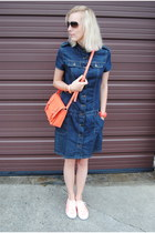 navy Sisley dress - red kate spade bag