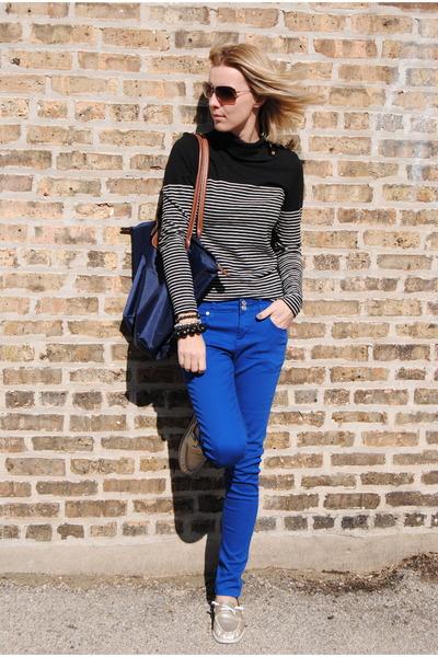 blue Marshalls pants - tan Marshalls shoes