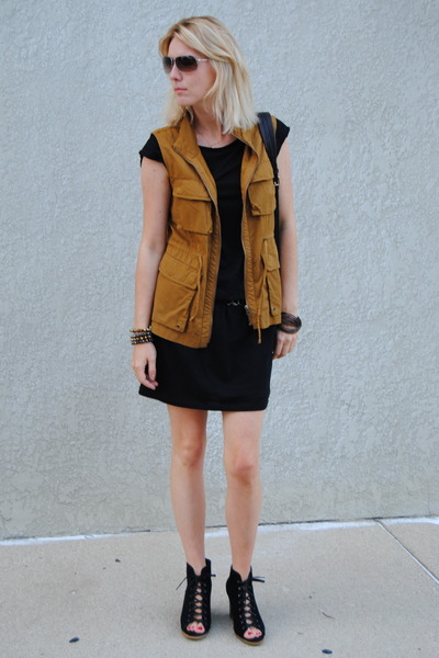 bronze JCrew jacket - black Ugg wedges