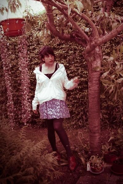 H&M top - vintage jacket - vintage skirt - DIM socks - second hand shoes