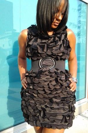 silk fumblin foe dress