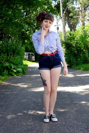 navy Levis shorts - blue bengal stripe Cant remember shirt - red unknown belt