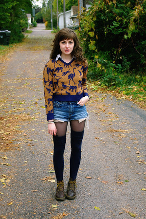 brown vintage sweater - navy thigh highs socks