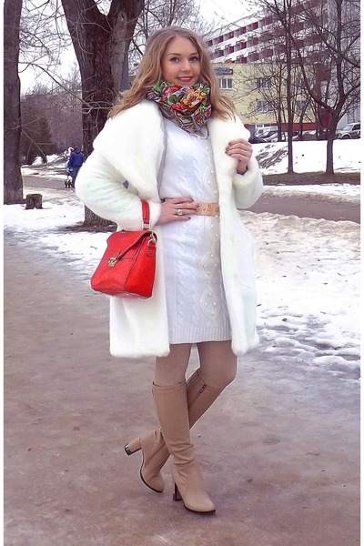 Anse coat - ARZOmania boots - Ostin dress - Аccessorize bag - asos belt