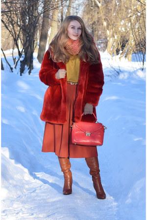 hm coat - Zara pants - Stradivarius jumper