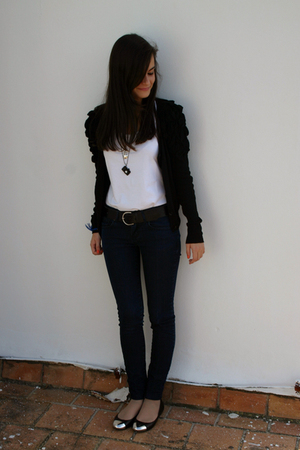H&M jacket - H&M t-shirt - vintage accessories - Zara jeans - Zara shoes - vinta