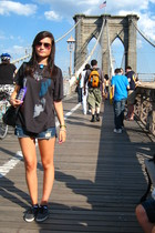 black Gap t-shirt - blue Roxy shorts - black vICTORIA shoes - black Zara accesso