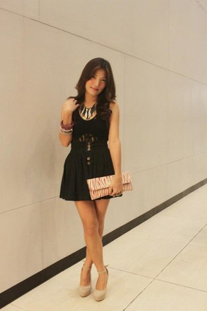 black skirt - hot pink bag - silver necklace - beige tabor cream wedges