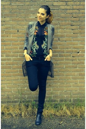 black H&M jeans - Nelly boots - heather gray H&M Trend coat - Zara blouse