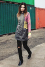 Black-nelly-boots-heather-gray-h-m-trend-coat-bubble-gum-h-m-divided-sweater