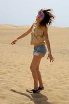 blue Oakley sunglasses - light blue H&M shorts - camel Zara top