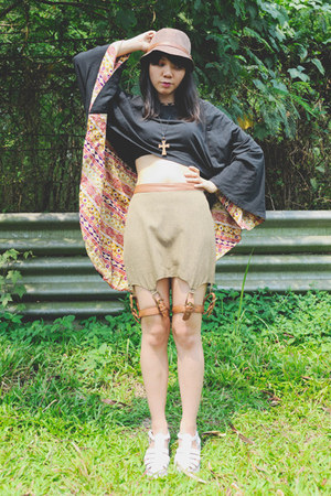 Zaakunika top - Bearhouse Shoes shoes - Danjyo Hiyoji skirt