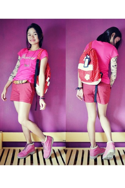 59f30c2d7520b Bubble Gum Timberland Boots, Hot Pink Guess Shirts, Red ABkD Bags ...