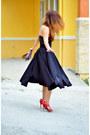 Petal-a-t-skirt-accesorize-bag-red-stella-luna-heels-payless-earrings