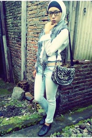 white shirt - polka dots scarf - leopard print bag