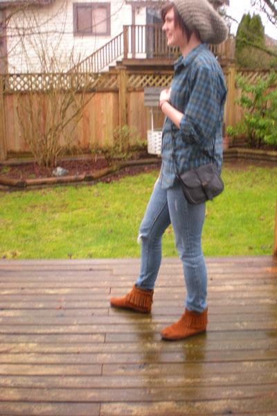 black vintage bag - blue skinny Forever 21 jeans