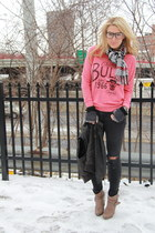 dark gray ripped rag & bone jeans - red bulls Junk Food sweatshirt