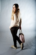 nude Laura bag - peach hogan shoes - nude les copains cardigan