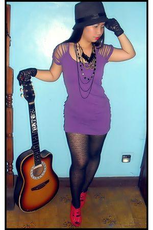 purple top - black YRYS tights - red random from Hong Kong - black babo hat - bl