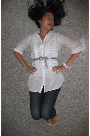 blue denim Target leggings - white Pimkie shirt - silver silver thrifted belt -