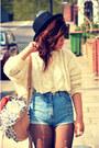 Forever-21-hat-primark-bag-vintage-shorts-primark-diy-jumper
