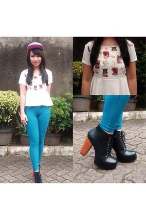 white chiffon Plain Vanilla blouse - black faux leather junejulia boots