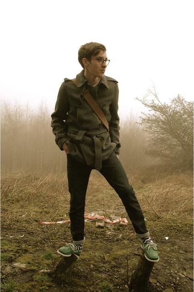 gray coat - green dockside sebago Sebago shoes - blue lee ramone Lee jeans
