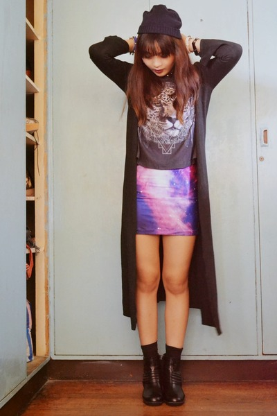 galaxy Medley skirt - boots - beanie Oxygen hat - long vise versa cardigan