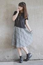 black oxfords vintage shoes - gray midlength plaid vintage skirt