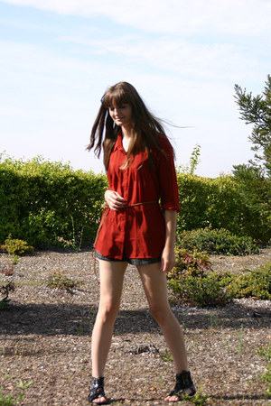 brick red Forever 21 blouse - gray plaid Forever 21 shorts