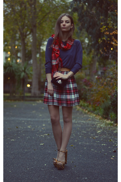 ruby red tartan In Love with Fashion skirt - gold Zara shoes