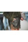 Tan-snakeskin-topshop-bag-army-green-silk-lace-h-m-shorts