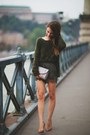 Tan-snakeskin-topshop-bag-army-green-silk-lace-h-m-shorts
