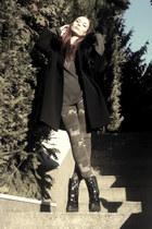 vintage coat - TopShop Unique boots - Zara jeans - vintage jumper