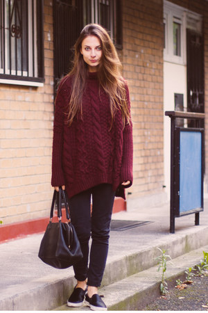 crimson knitted Zara jumper - Zara shoes - black denim H&M jeans
