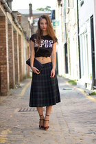 plaid vintage skirt - black top Primark t-shirt - burgundy detail Zara heels